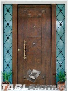 θωρακισμένη πόρτα με χειροποίητη επένδυση ξύλου ΘΠ-500 και σταθερά
